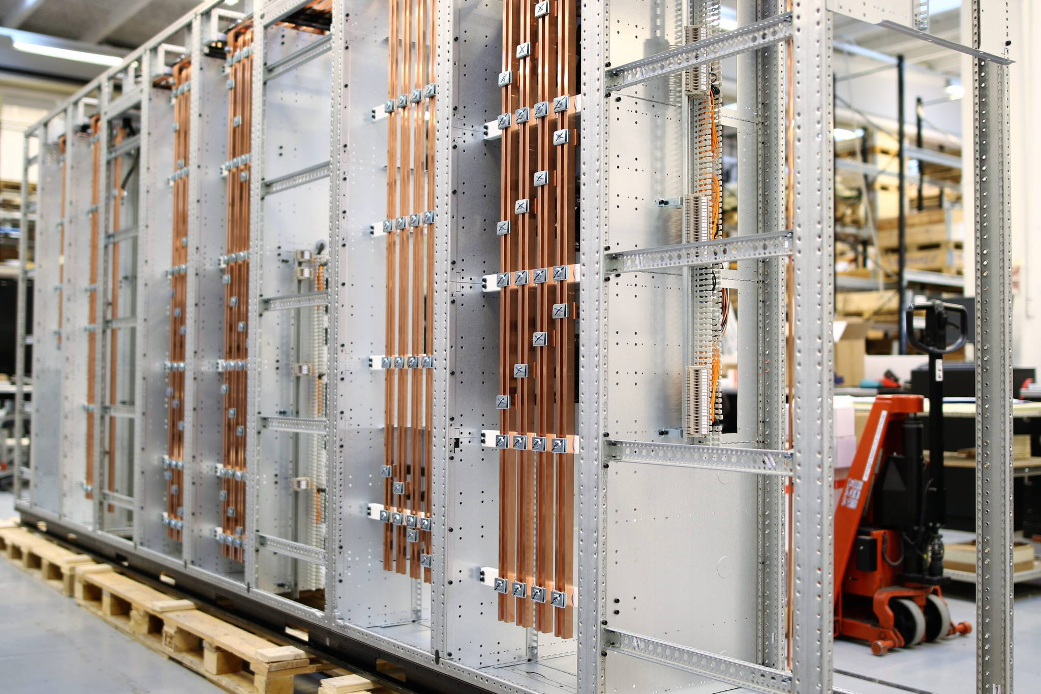 Logstrup is a manufacturer of Switchgear components such as Cobber components in the electrical switchboards